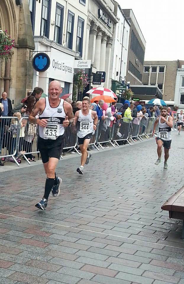 Close finish between Rusty & Michael (r)
