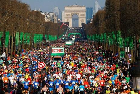 Start of Paris Marathon